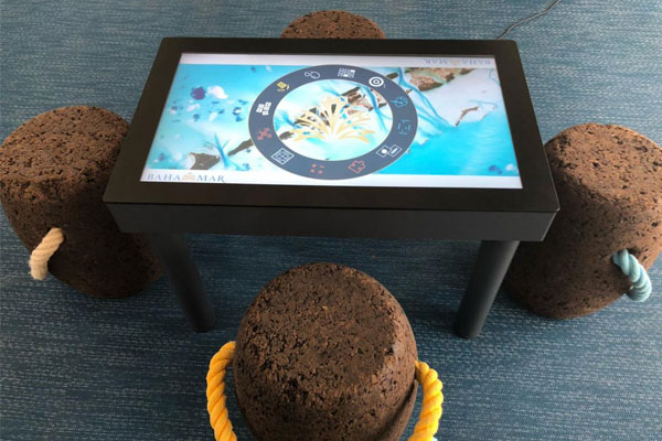 Interactive play table by Afer-Mouse.com